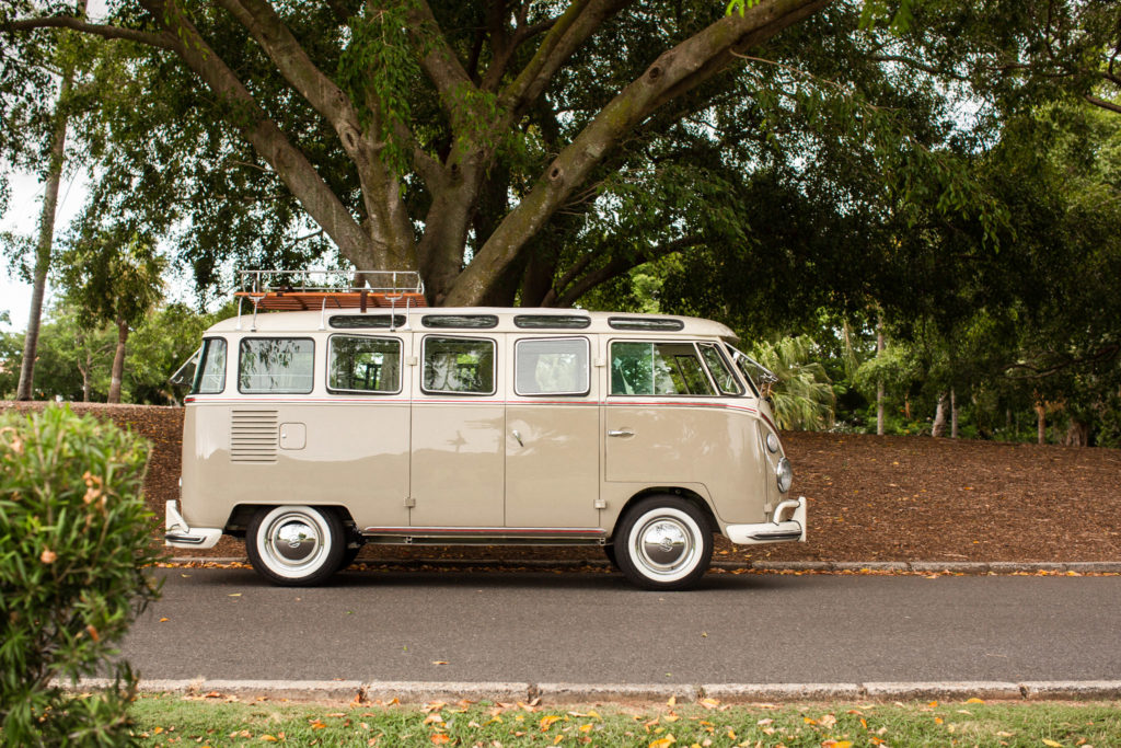 1966 vw kombi samba deluxe mouse grey white